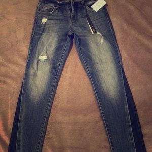 Brand new STS Blue Jeans, never worn! Size 25
